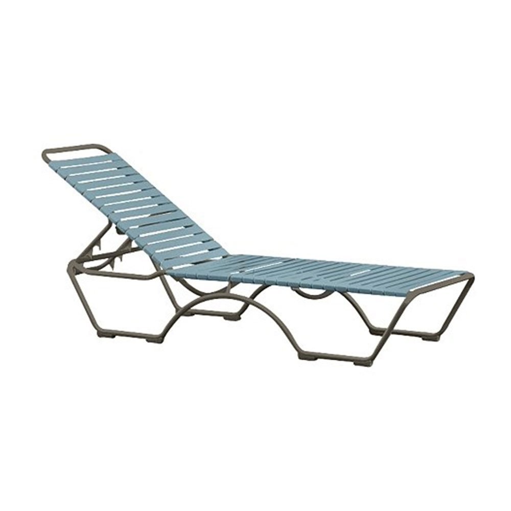 Kahana vinyl strap chaise lounge with aluminum frame for Aluminium chaise lounge