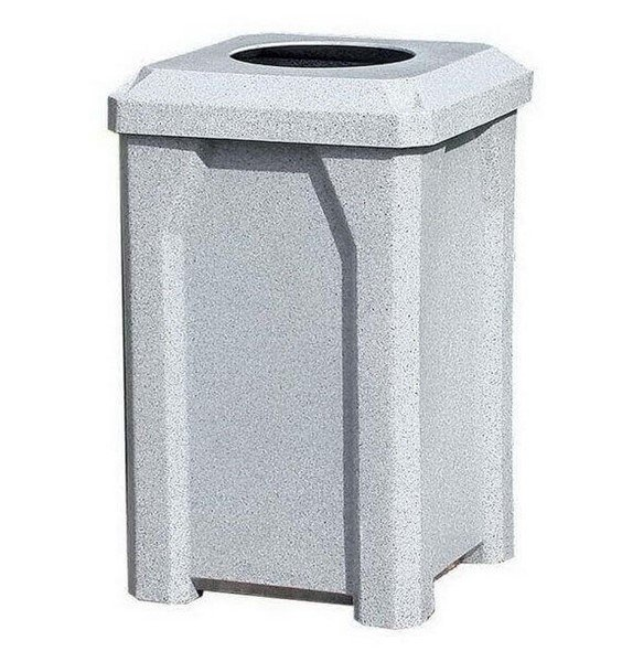 "32 Gallon Plastic Receptacle with 10"" Recycle Lid & Liner"