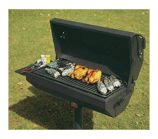 Commercial Covered Steel Park Grill With 500 Square Inch
