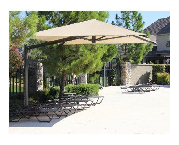 Square Fabric Cantilever Umbrella Shade Structure With 8